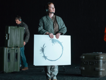 a-100-word-dictionary-was-made-to-create-the-alien-language-in-this-years-highly-anticipated-sci-fi-thriller-arrival.jpg.png